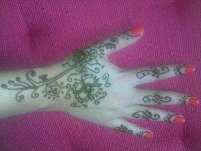 model simple main henn naturel meli henna. Black Bedroom Furniture Sets. Home Design Ideas
